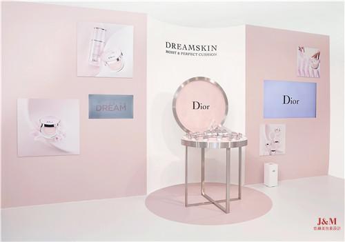Dior迪奥在上海展览中心,举办了2018年下半年香氛、彩妆及 护肤新品鉴赏会4.jpg