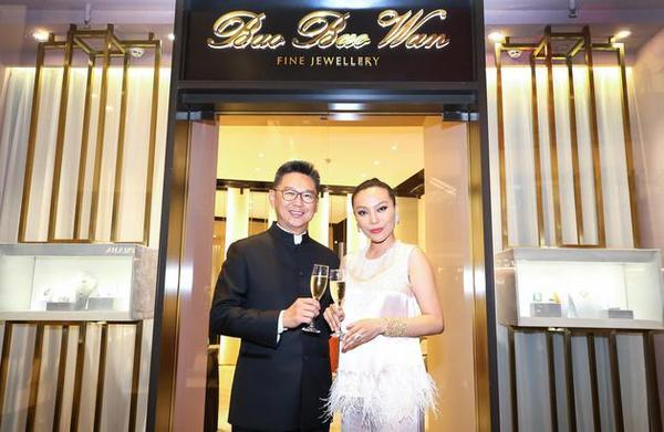 香港置地集团中国商用物业总裁高伟强先生与万宝宝女士.jpg