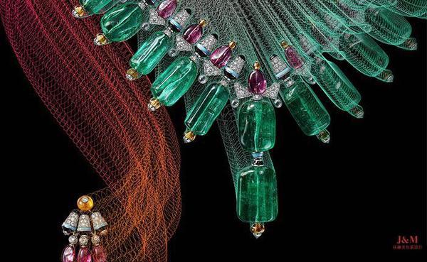 Cartier卡地亞選用不同色彩寶石設計異彩繽紛的高級珠寶.jpg