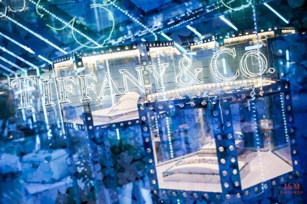 Tiffany & Co. 蒂芙尼Paper Flowers™花韵系列作品发布派对现场.jpg